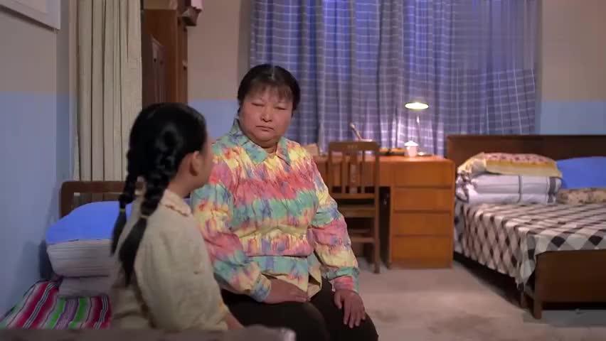 景梅惹上陈克然是她活该,被他老婆泼一身馊饭,她只能忍气吞声