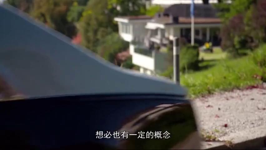 视频:为啥高速上见不到劳斯莱斯?车主:跑一趟下来,一辆凯美瑞就没了