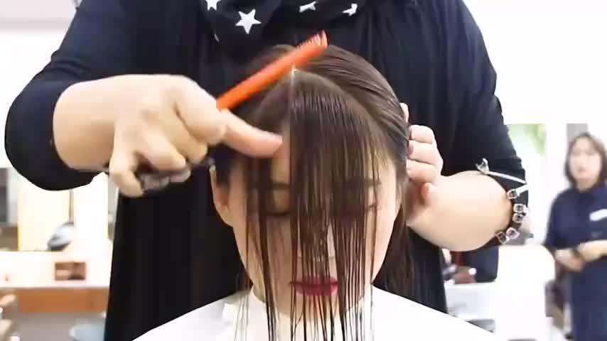 发型合集:大圆脸可以试试这个刘海,瞬间瘦脸