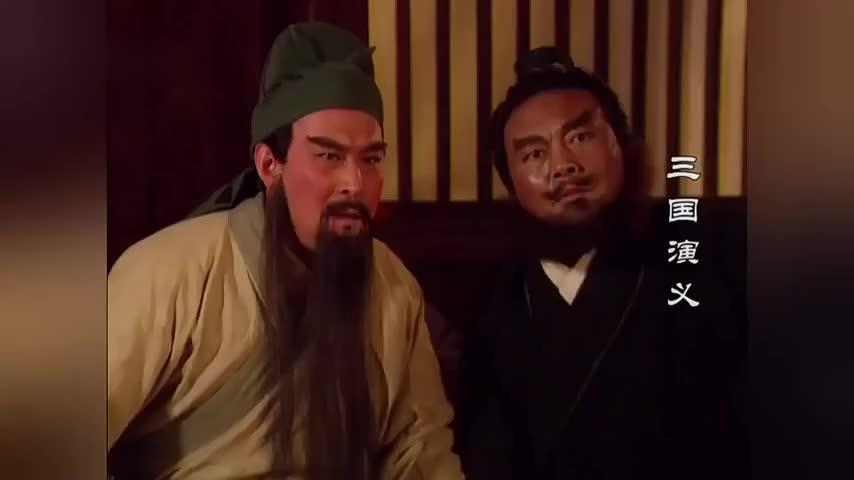 刘备给关羽张飞讲故事,讲着讲着就哭了,影帝级人物