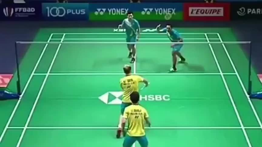 羽毛球:吉迪恩和苏卡穆约的一次极限防守
