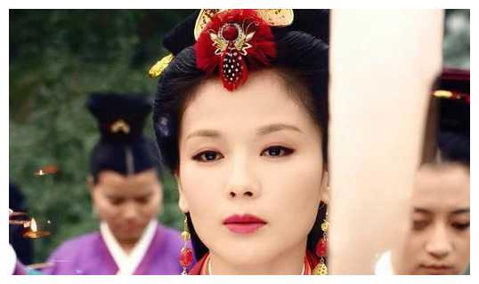 甘苦与共,刘涛嫁入负债豪门,为还债4年拍25部剧,堪比豪门