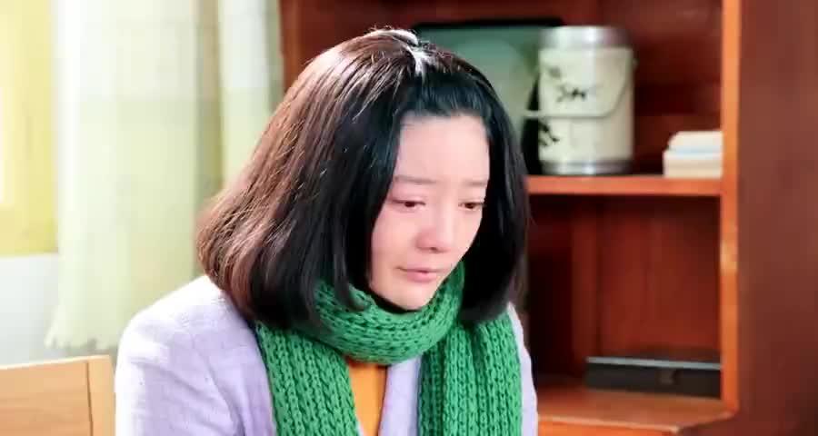桂花终于承认孩子不是海洋的,跪求春雷的原谅,得知原因春雷哭了