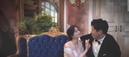 39岁男排名将晒结婚证,妻子美艳动人,球迷:摆脱黄金单身汉