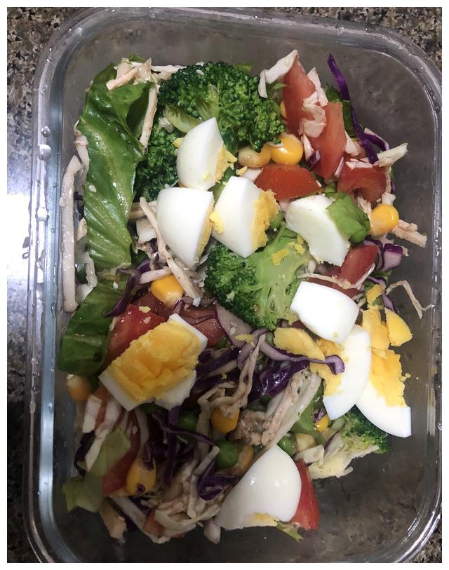 担心吃东西会长胖,那就吃减脂沙拉,减脂效果看得见
