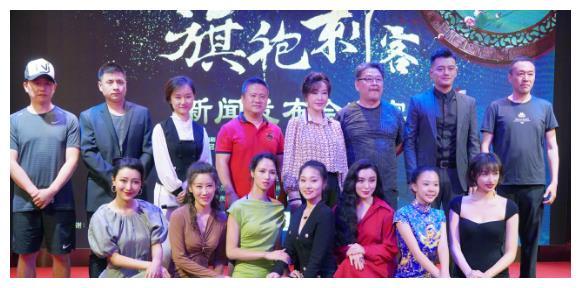 64岁刘晓庆再演少女,搭档小27岁男主,定妆照曝光后网友跪服