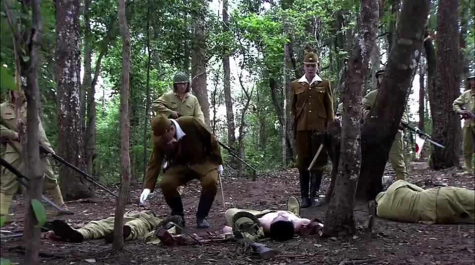 女兵们准备杀鬼子,国产抗日神剧就是好看