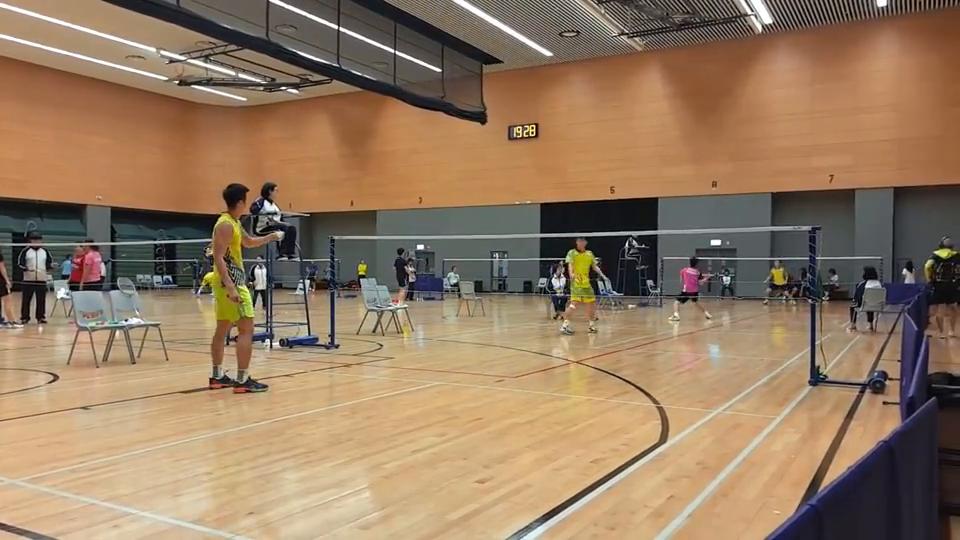 2018年中银香港全港锦标赛高级组男单,李卓耀vs黃永棋。