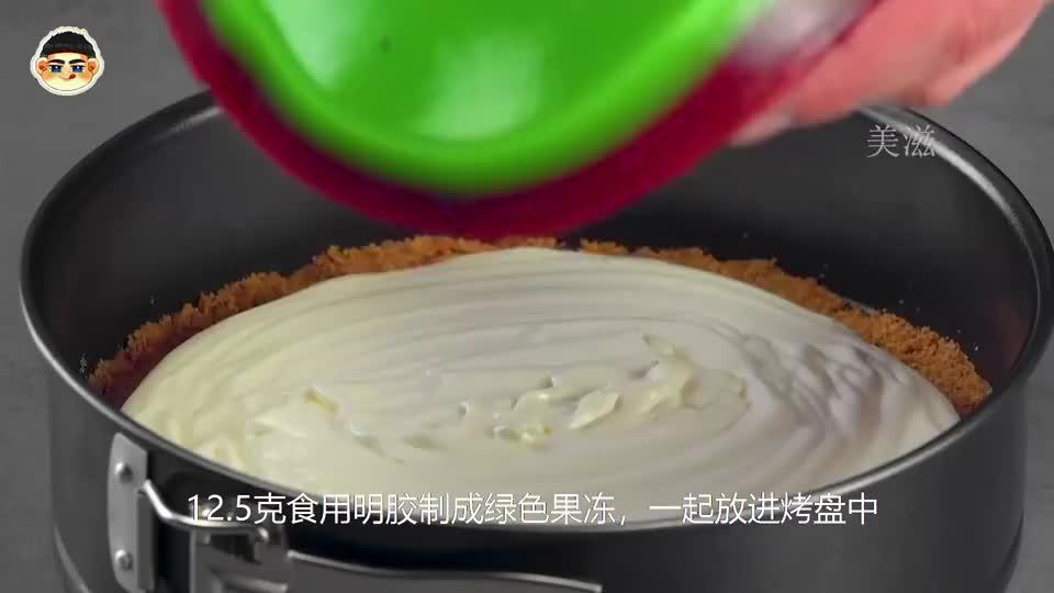 烘焙达人用泡泡纸制作创意蛋糕,不用烤箱就能完成,你学会了吗?