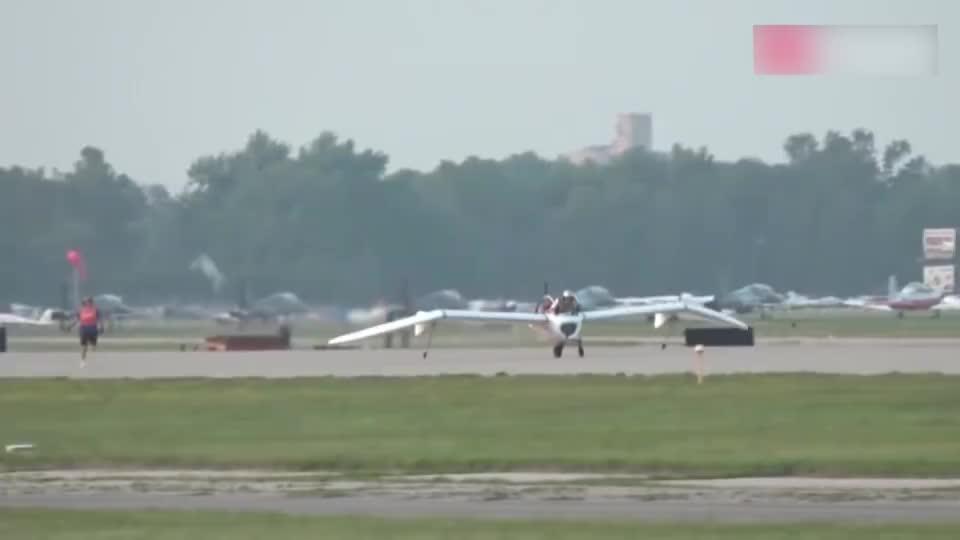 日本奇葩的轻量化飞机试飞,外形如同一只大蝙蝠!