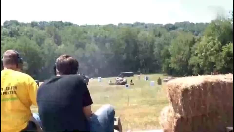 枪声干脆利落,M1917水冷式机关枪演示