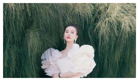 吴奇隆近照曝光,和刘诗诗16岁的年龄差,越来越明显了