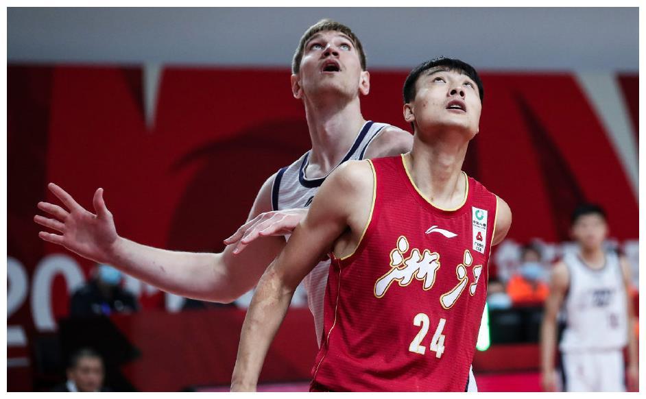 浙江队豪夺5连胜的背后,这2名球员的表现有失水准