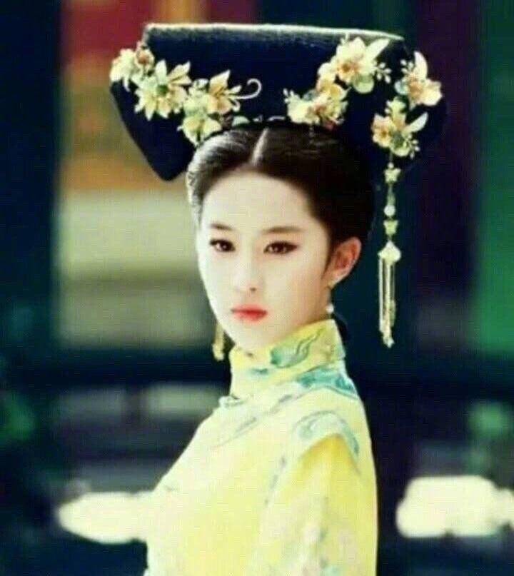 """""""女神""""刘亦菲的稀缺清宫造型,惊艳了屏幕"""