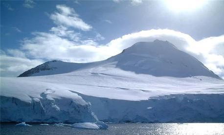 300年前的冬天有多冷?小冰河时期到底是什么原因导致的?