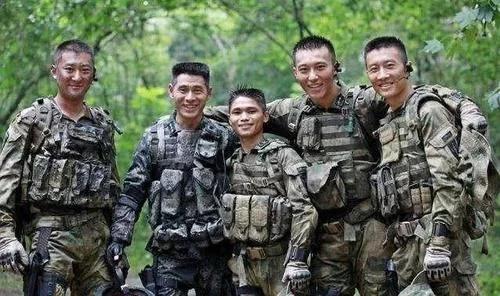 《战狼》中的真正特种兵,身高只有1米五,曾是吴京的班长