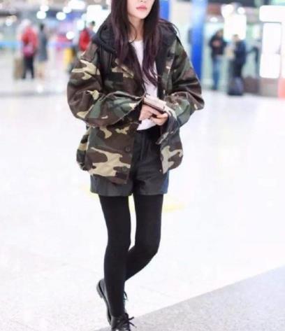 秋冬穿靴子尽量别这样穿了,看看下面潮人穿法,优雅时尚超高级