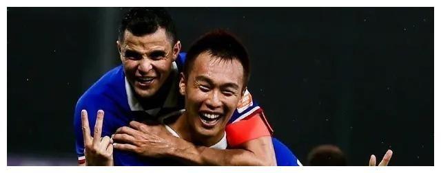 大连赛区:上海申花1-0绝杀山东鲁能,广州富力收获新赛季第1分
