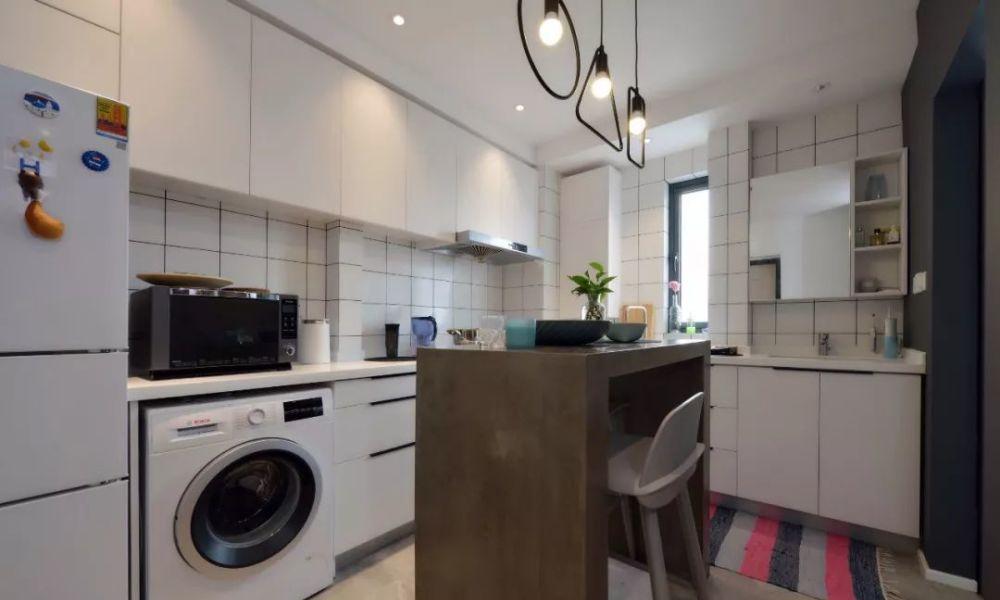 38㎡时尚单身公寓,全屋简约风设计,小空间居然还能有衣帽间!
