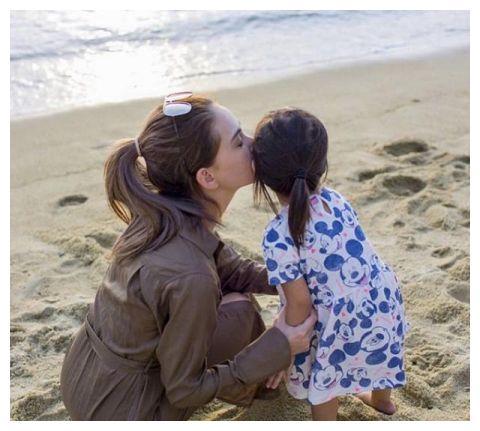 周杰伦女儿5岁生日,昆凌晒成长照暖心庆生