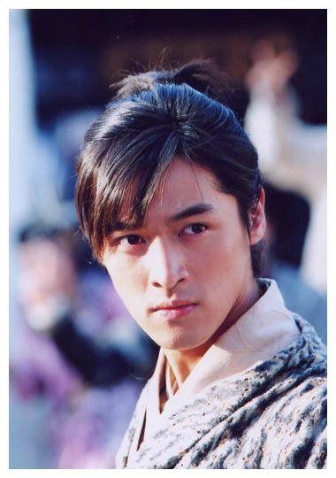 连路人都喜欢的八位仙侠剧男演员,胡歌邓伦罗云熙成毅刘学义上榜