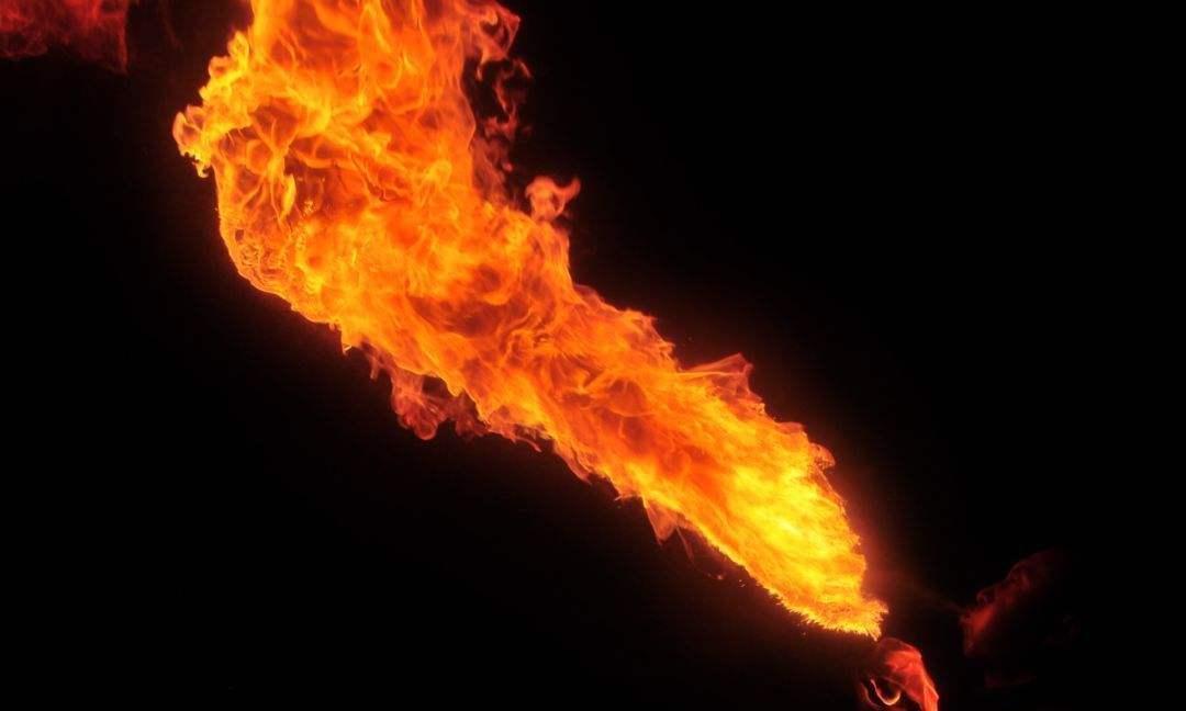 辽宁一居民家中自来水可点燃,地下有油气田?
