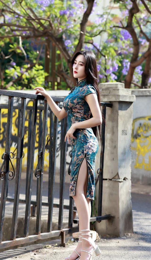 裙子怎么穿出优雅感?最佳秋冬裙装搭配,教你穿出优雅女人味