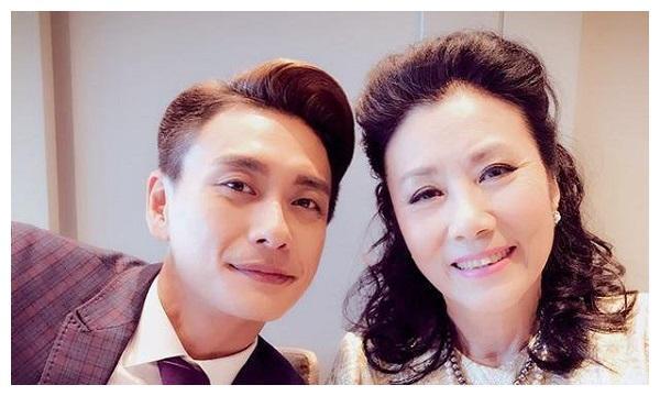 《溏心风暴3》不得不说,这部TVB经典的剧还是一如既往的好