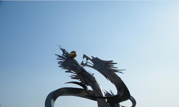徐州不锈钢雕塑图文浅谈郑州不锈钢雕塑的现状