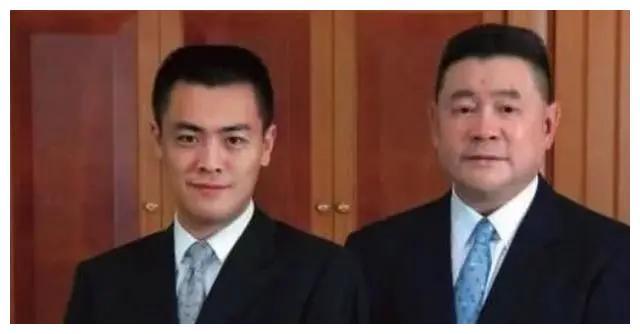 刘銮雄长子刘鸣炜:豪门公子颜值高,怀念宝咏琴,父子关系不和?