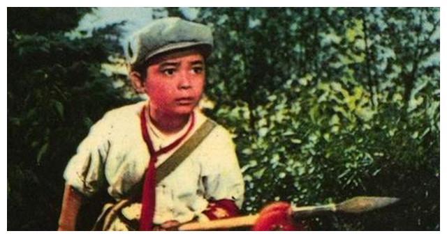 昔日《闪闪的红星》的童星潘冬子,今58岁满头白发,享正师级待遇
