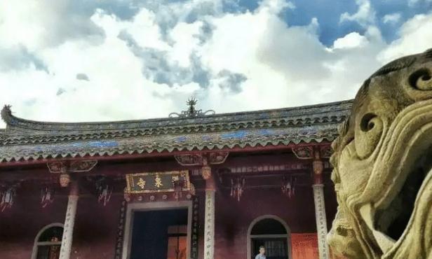 福建这里不仅有山水,这个寺庙也有了很多不同,你去过吗