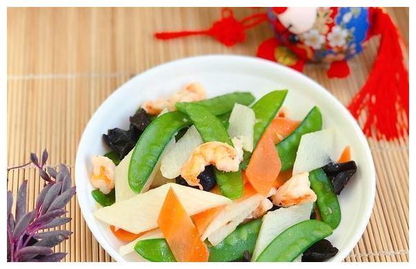 分享一道餐桌上的小清新,颜值高营养足,鲜嫩清甜解油腻