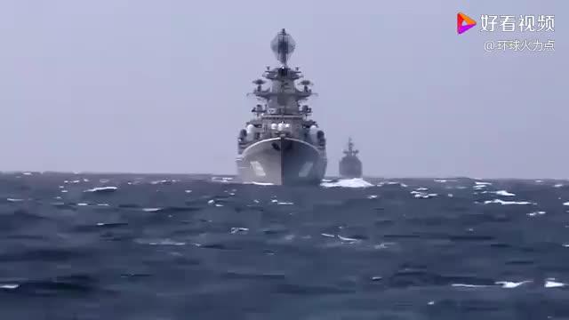 导弹都做不到,鱼雷却能撕裂驱逐舰,原理在哪?
