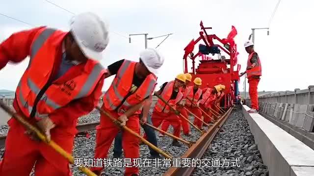 """河南一农民山里发现2000年""""铁路"""",惊动考古界,专家:未解之谜"""