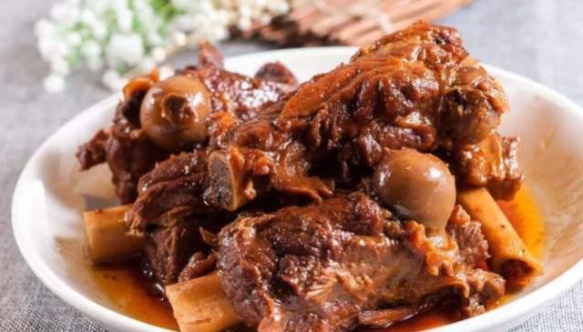 """东北人最经典的10道肉菜,闻到就想流口水,堪称东北菜""""精髓"""""""