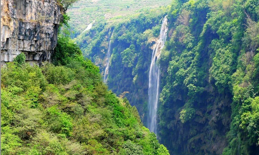 """我国被忽略的峡谷风景区,是国家级重点景区,有""""天沟地缝""""美誉"""