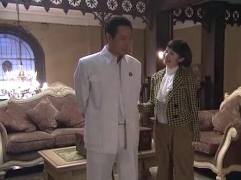 迷案1937:胡玉成与女儿谈到李梦露的案子,胡玉成提到了一块手表