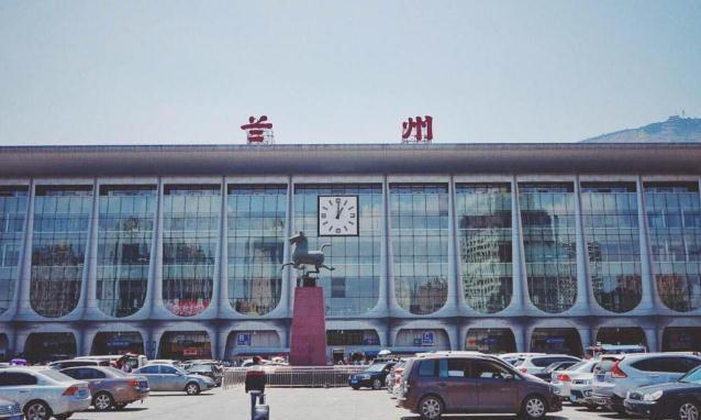 国内最无奈火车站,因名字而受关注,游客:这到底是不是错别字