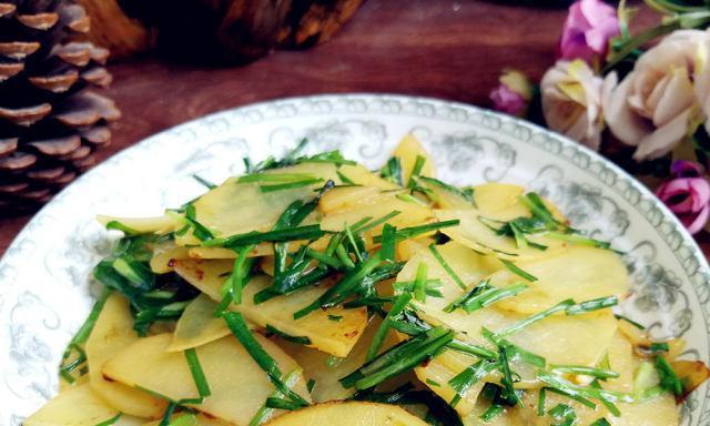 韭菜炒土豆,家常小炒菜