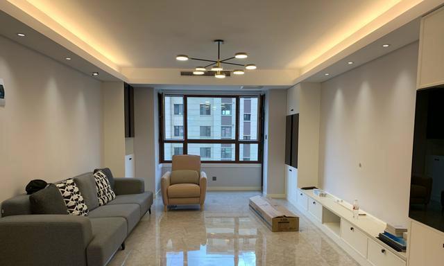 刚完工的新房,收纳空间充足又美观,打扫干净非常满意,晒晒!