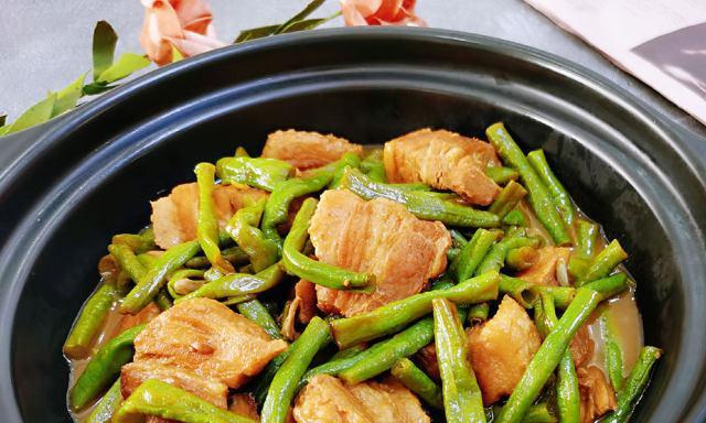 长豇豆烧肉,百吃不厌的家常下饭菜