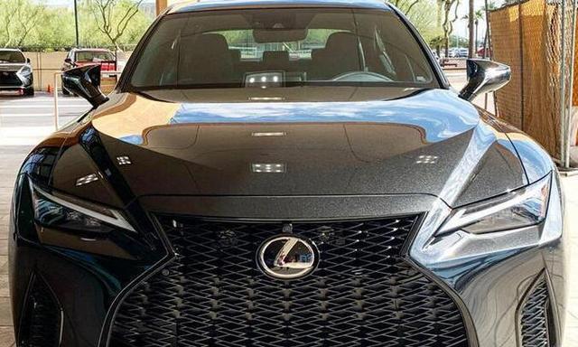 全新雷克萨斯IS海外实拍新车将搭载2.0T发动机