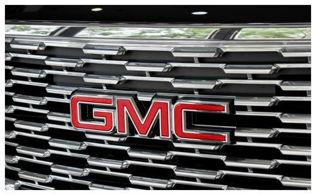 GMC至尊长轴版越野YUKON,外观强悍内饰极尽奢华,158万真不贵