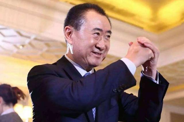 """""""万达""""王健林,一辆奔驰开了26年不舍得换,给你你也不舍得卖"""