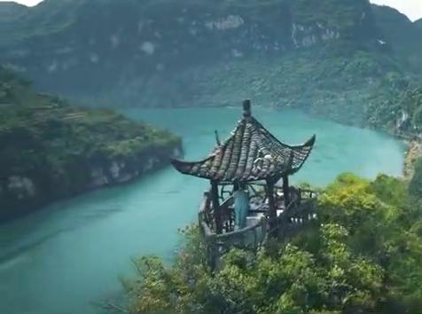 鹤唳华亭:这景是在哪踩的,好美有木有?