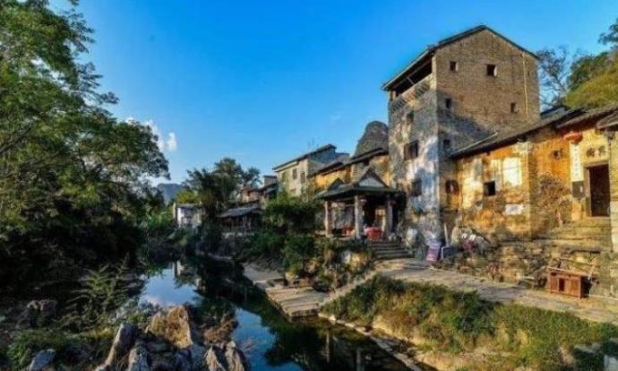 广西有一个千年古镇,距南宁400多公里,依山傍水民风质朴