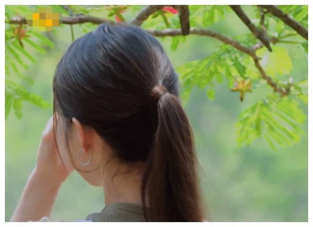 吉娜回忆往事突然激动,谁注意郎朗的反应?是不是真爱一目了然