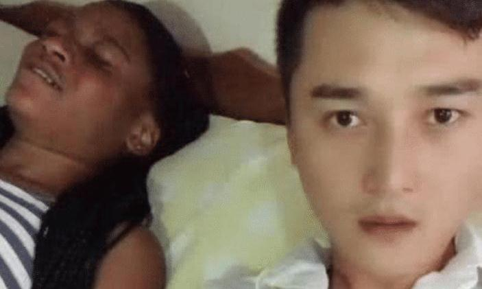 中国小伙娶了个黑人老婆,睡觉时对老婆不满意,还发布视频到网络