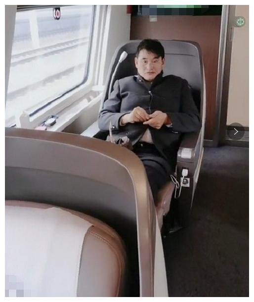 朱之文高铁出行坐头等舱被嘲飘了,到底是谁的问题?